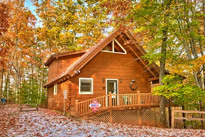 photo to downtown gatlinburg rent cabins in village bedroom rental close honeymoon wild picture cabin chalet tn kingdom rentals property