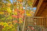 Cabin with private deck, mountain view, hot tub