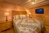 Cabin with King Bedroom and Private Bathroom