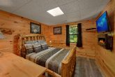 Cabin with Game Room and WIFI