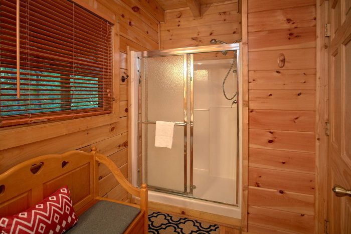 1 Bedroom Cabin with a Shower and Tub - Our Happy Place