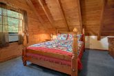 Cabin with Queen bedroom and Twin bed