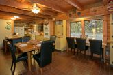 4 Bedroom Cabin with Large Dining Area
