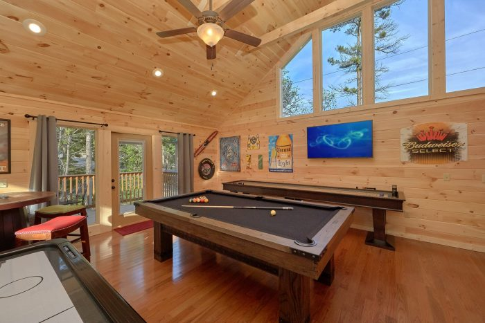 2 Bedroom Cabin with Loft Game Room - Pool N Around