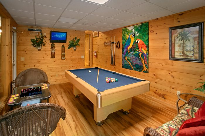 2 Bedroom Cabin with Game Room and Pool Table - Pool N Around