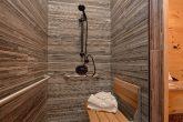 Luxury Cabin with handicap accessible bathroom
