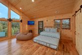 7 bedroom cabin with loft, trundle bed and TV
