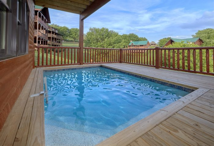 7 Bedroom cabin with Plunge Pool on deck - Poolside Lodge