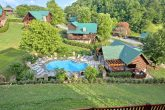 7 Bedroom cabin with Resort Pool and Playground