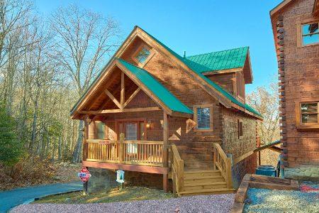 Bear Paw: 3 Bedroom Wears Valley Cabin Rental