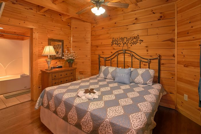 Premium Cabin with 2 King Bedrooms and Baths - Reclusive Moose