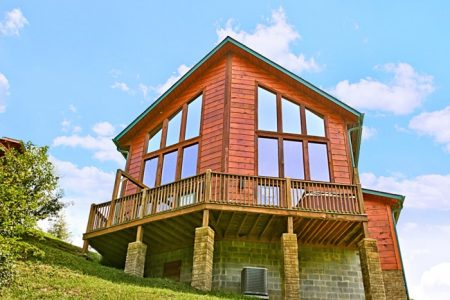 Mountain Charm: 2 Bedroom Gatlinburg Vacation Home Rental