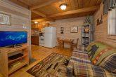 1 Bedroom Cabin Sleeps 2 with Flat Screen TV