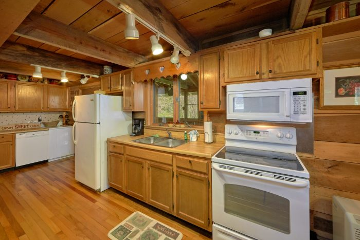 2 Bedroom Cabin with Fully Equipped Kitchen - River House