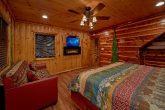 Cabin on the River with King Bed and Fireplace
