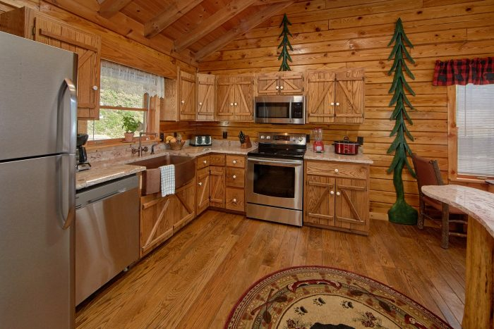Rustic Riverside Cabin with Full Kitchen - River Pleasures