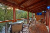 2 bedroom cabin with Deck overlooking River