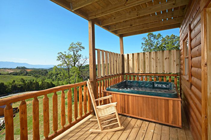 Hot Tub with Views - Rocky Retreat