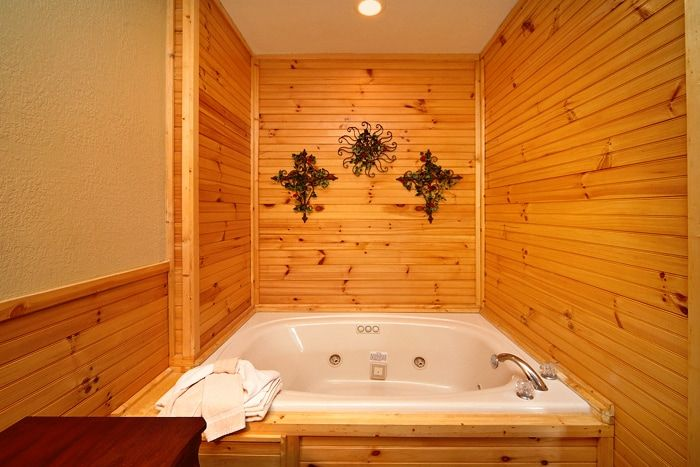 Premium Cabin with Luxurious indoor Jacuzzi Tub - Royal Romance