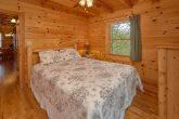 3 Bedroom Cabin with Queen Bed