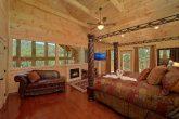 Luxury 2 Bedroom Cabin Master Suite