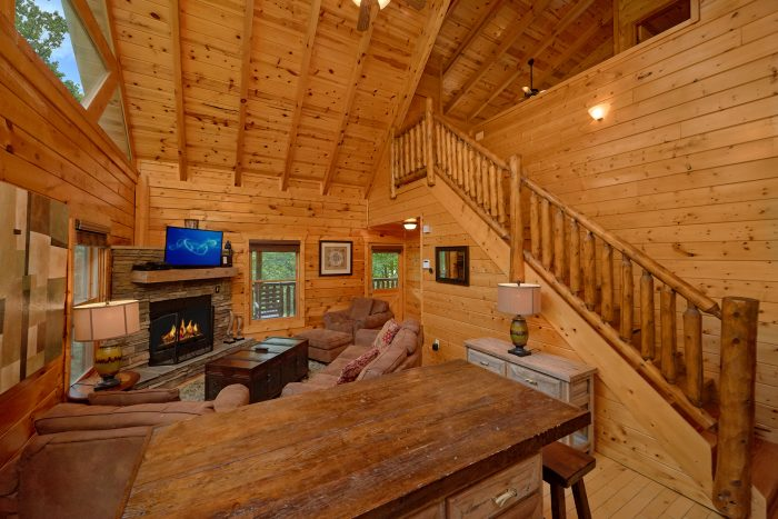 3 Bedroom Cabin in the Smoky Mountains - Settlers Ridge Cabin