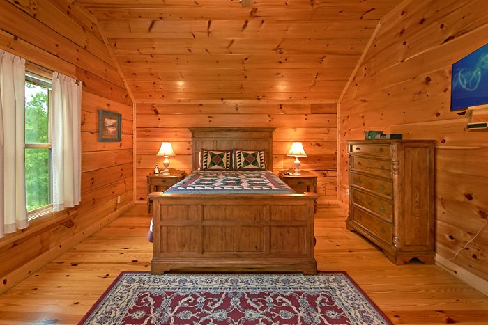 5 bedroom cabin with King bed - Shoot the Moon
