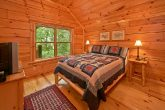 Cabin with 5 bedrooms and 5 baths