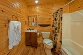 3 Bedroom Cabin with Large Game Room