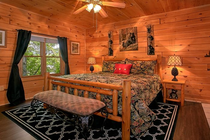 2 Bedroom Cabin with King Bed and Jacuzzi Tub - Simply Irresistible