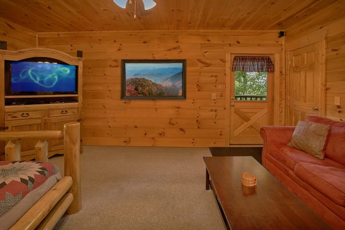 4 Bedroom Cabin with AIr Hockey and Sleeper Sofa - Simply the Smokies