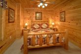 Luxury Cabin with 4 Private Bedrooms