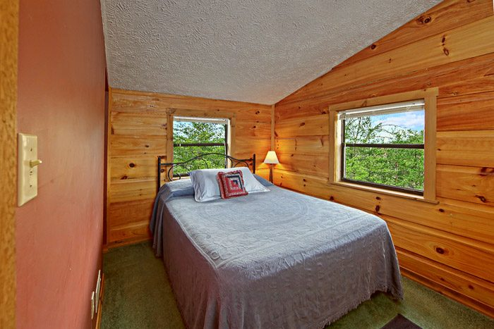Cabin with Full Bed - Sleepy Ridge