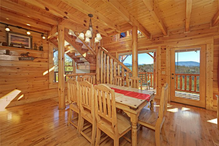 Cabin with Dining Table - Smokies View