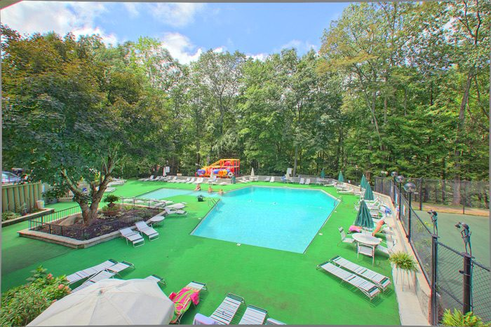 Cabin with Two Resort Pools - Smoky Mountain High