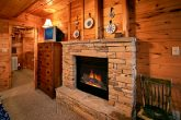 Cabin with 2 queen suites offering jacuzzi tubs