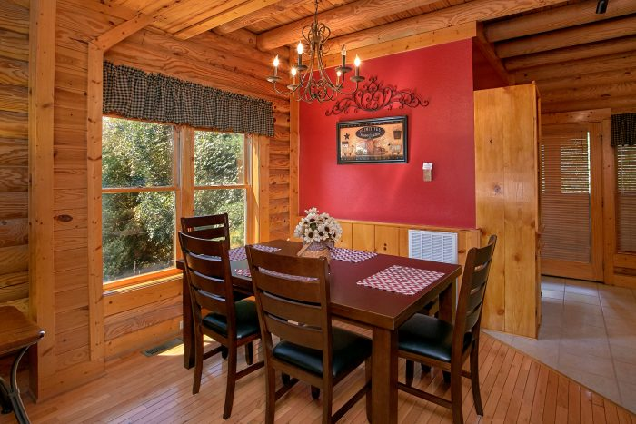 Resort cabin with full size dining room - Southern Deluxe
