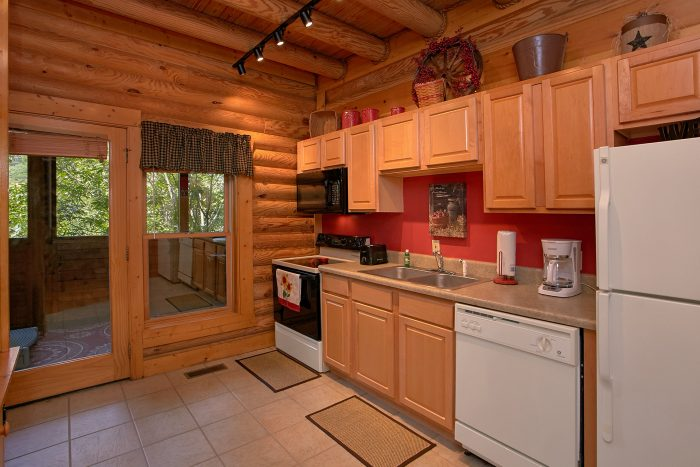 2 bedroom resort cabin with full kitchen - Southern Deluxe