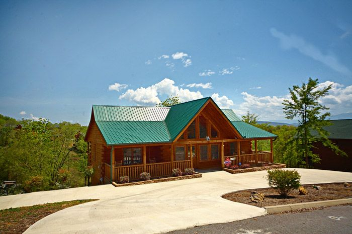 Southern Style Cabin Rental Photo