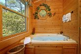 Cabin with Jacuzzi Tub