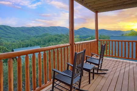 Horsin Around: 2 Bedroom Sevierville Cabin Rental