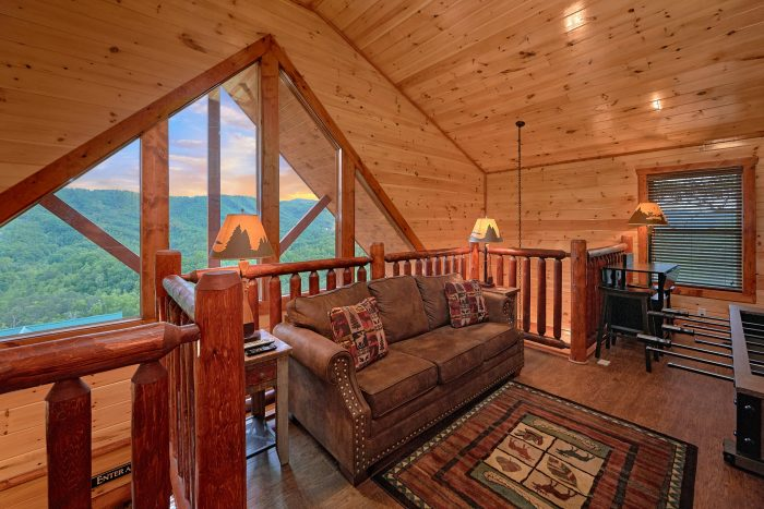 Loft with Sleeper Sofa and Foosball game - Splash Mountain Lodge