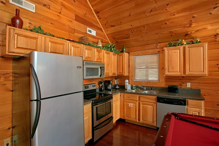 Premium Cabin with Stainless Steel Appliances - Splish Splash