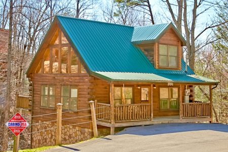Get-n-Lucky: 1 Bedroom Gatlinburg Cabin Rental
