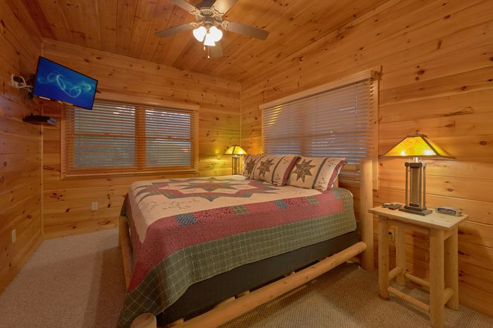 Cabin with Three King Beds - Sugar and Spice