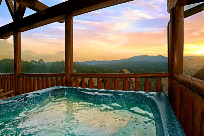 Hot Tub with Mountain Views - Sugar and Spice