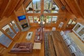 Spacious 3 Bedroom Cabin Sleeps 9