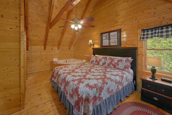 King Suite in Cabin - Suite Retreat