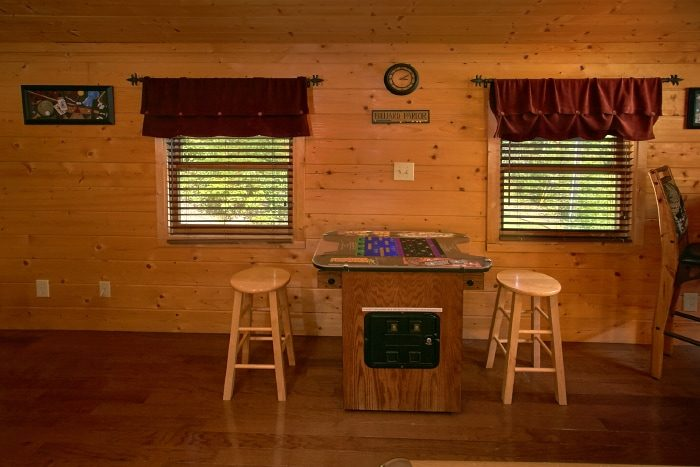 2 Bedroom Cabin with Views from the Loft - Sweet Seclusion