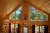 2 Bedroom Cabin with Private Hot Tub and View